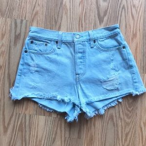 Levi's Fly Button Shorts